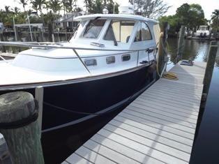 2007 Legacy Yachts 32