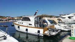 2007 Custom Euro Yacht - Marco Polo 12
