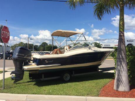 2014 Scout Boats 225 Dorado