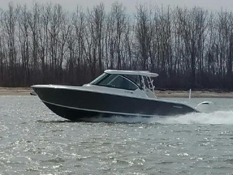 2016 Pursuit 325 Dual Console