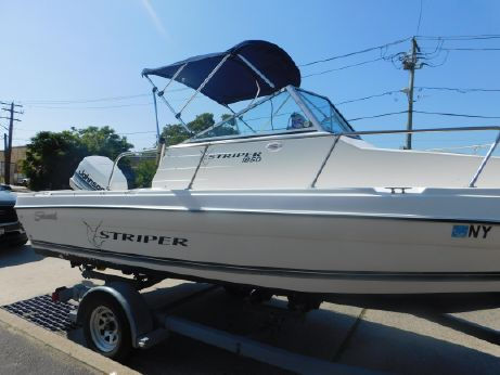 1998 Sea Swirl Striper 180