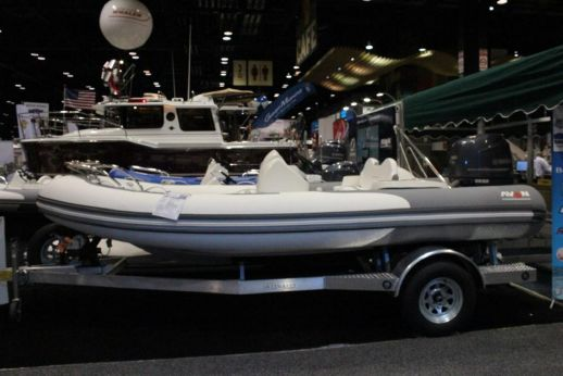 2018 Avon Seasport 470 Deluxe NEO 90hp In Stock