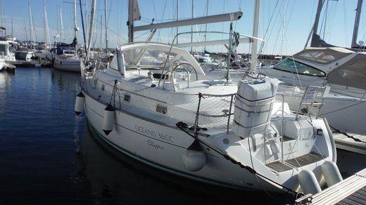 2000 Beneteau Oceanis 36 CC