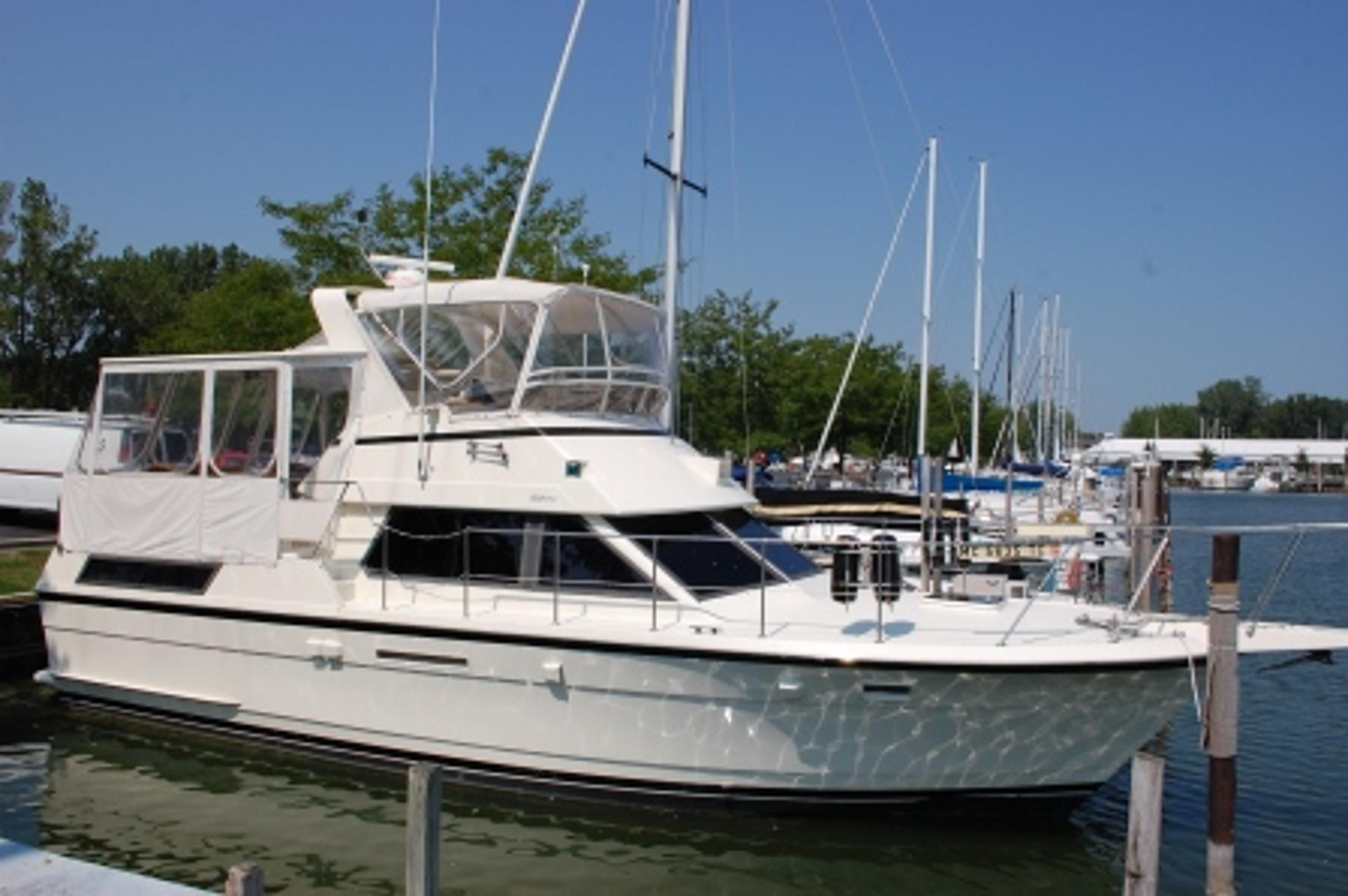 1987 hatteras 40 motor yacht power boat for sale www for Large motor yachts for sale