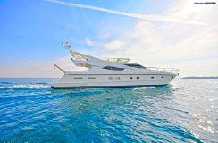 2001 Ferretti Yachts 620