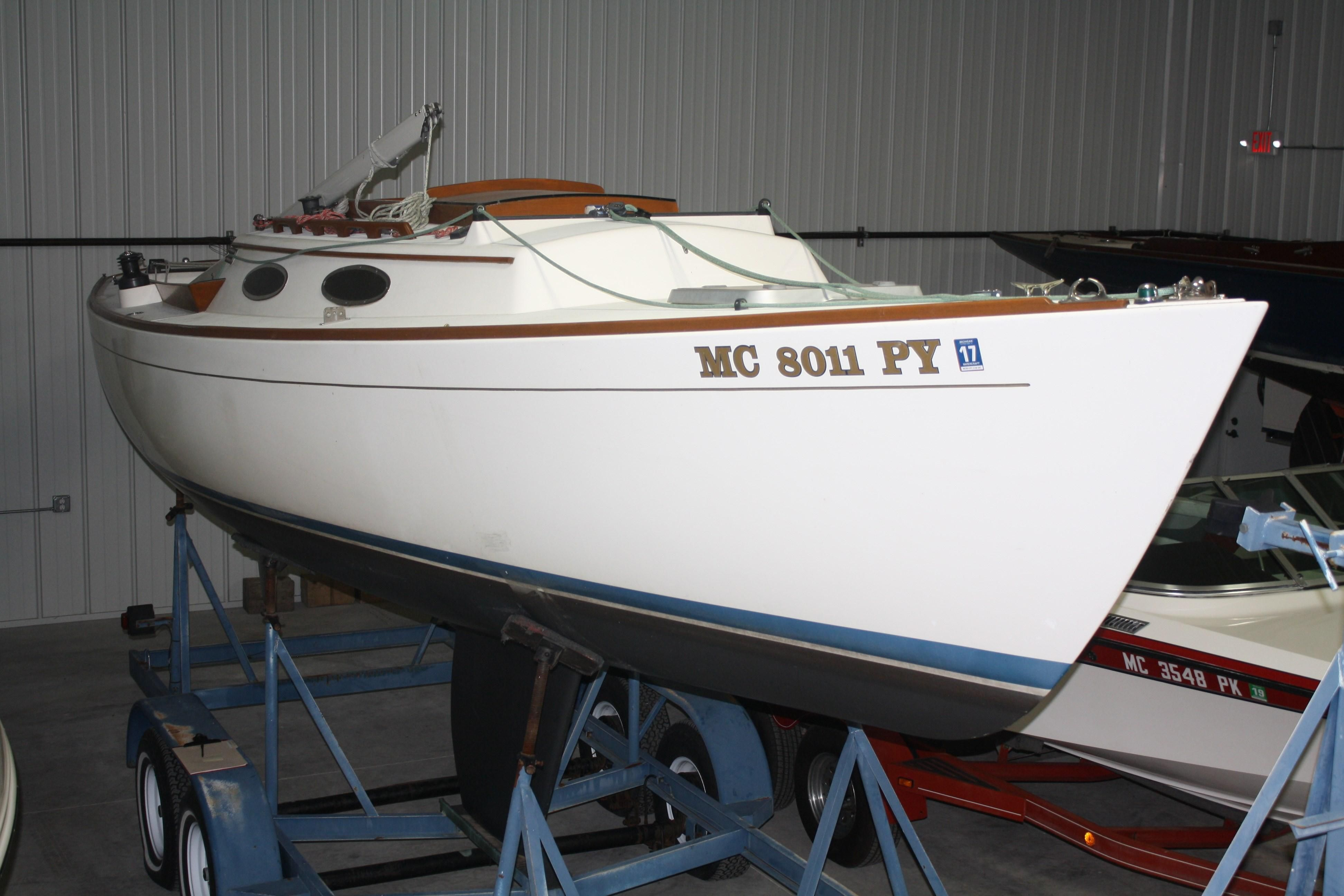 1994 Alerion Express 28 Sail Boat For Sale