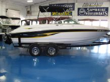 2000 Chaparral 216 SSi
