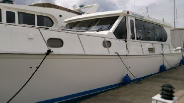2013 Westcoast 642 Express Cruiser