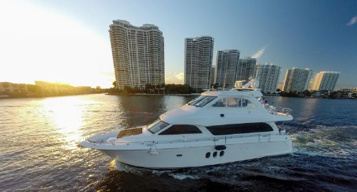 2012 Hatteras 1,800hp Engines 72 Motor Yacht
