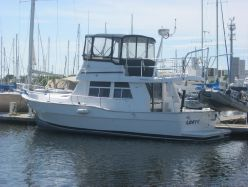 Photo of 39' Mainship 350 / 390 Trawler