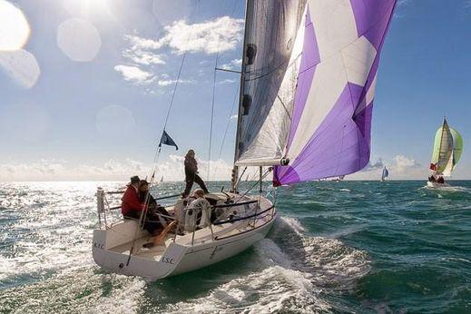 2002 J Boats J/92