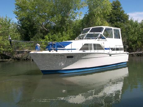 1974 Chris Craft Catalina 350
