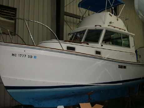 1985 1985 Cape Dory Fly Bridge Trawler 28