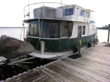 2001 Great Harbour Pilothouse