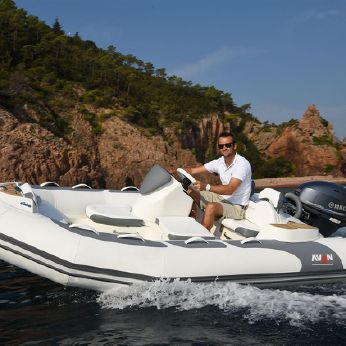 2017 Avon Seasport  400 DLX