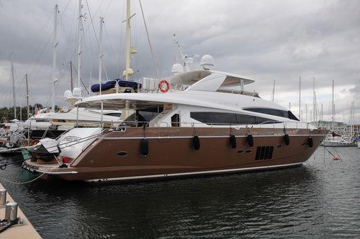 2009 Princess 95 Motor Yacht