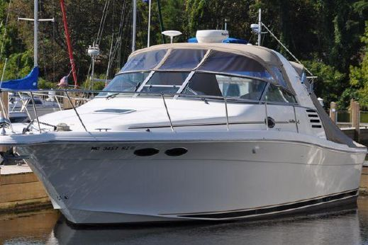 2000 Sea Ray 330 Express Cruiser