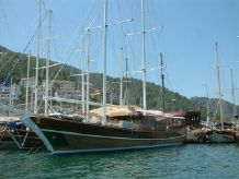 2005 Ketch Laminated 128 FT