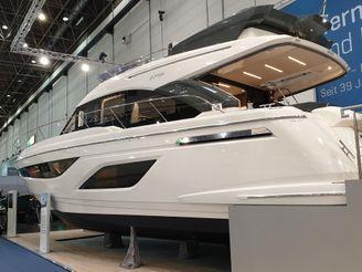 2020 Bavaria R55 Fly