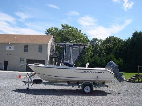 2003 Sea Hunt 186 CC