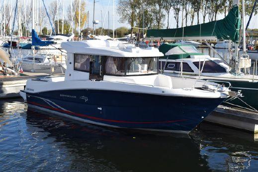 2012 Beneteau Barracuda 9