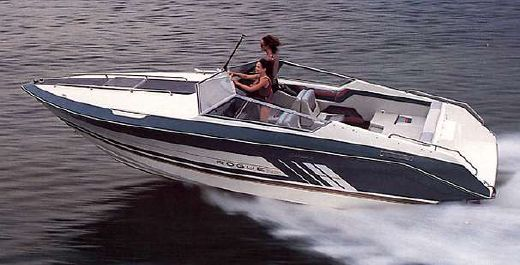 1988 Cruisers Yachts 2420 Rogue