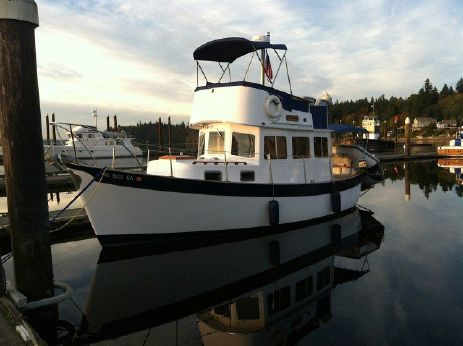 1973 Willard 30 Trawler