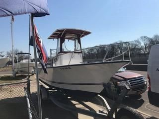 2005 Cape Craft 2200 CC