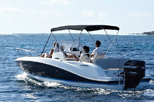 2013 Quicksilver 605 sun deck