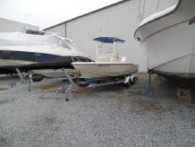 1999 Scout Boats 202 Sportfish