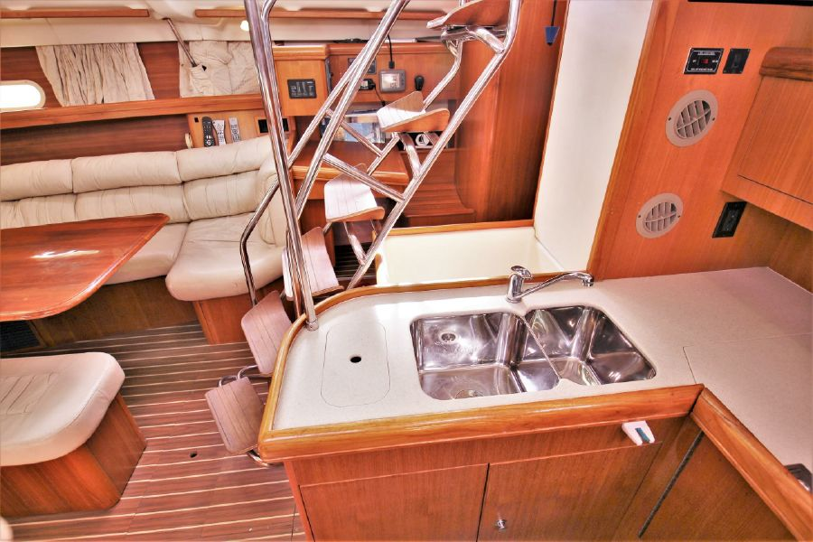 Hunter 456 Sailboat Galley Sink
