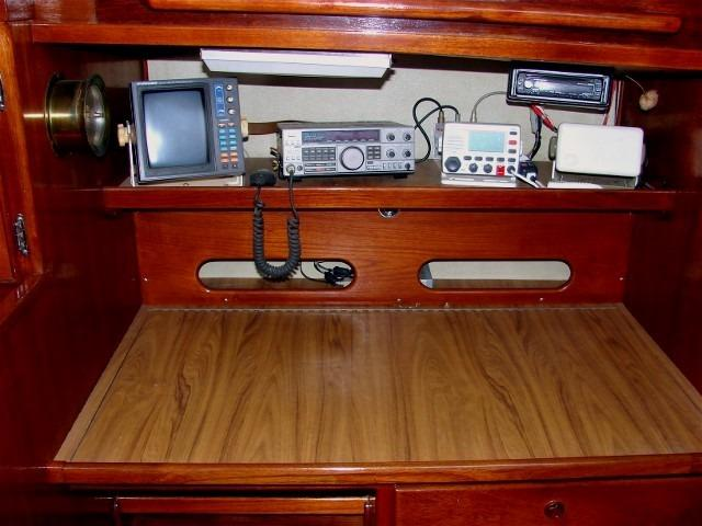 50' Windward Marine Sea Raker 50+Master stateroom