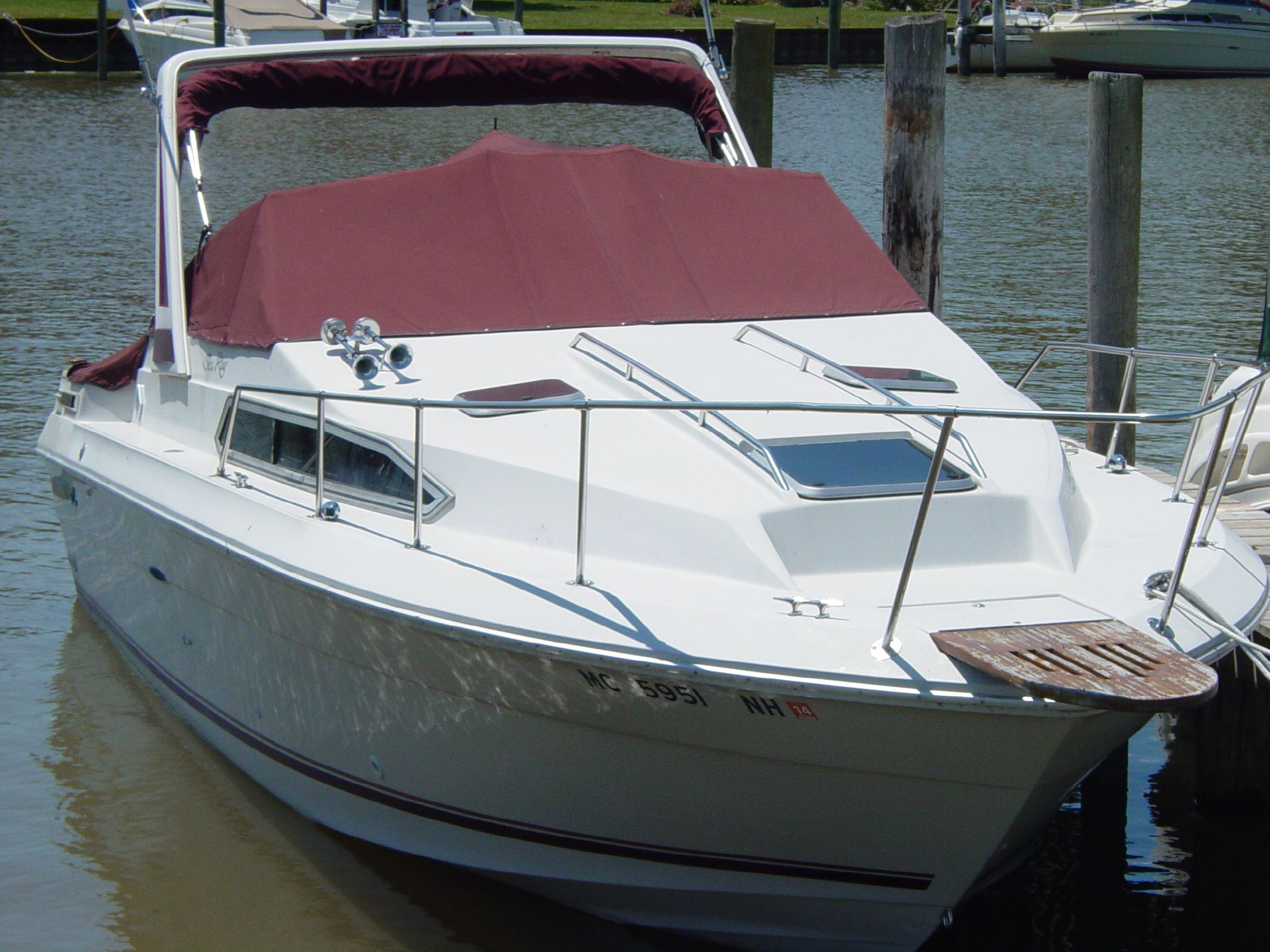 1987 Sea Ray 270 Sundancer Power Boat For Sale