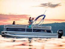 2020 Sun Tracker PARTY BARGE® 20 DLX