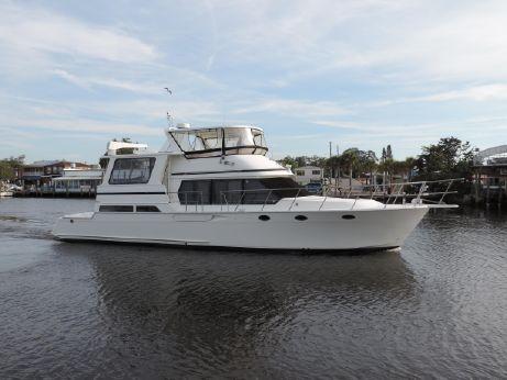 1995 Hyatt 56 Motor Yacht