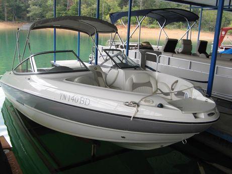2011 Stingray 208 LR