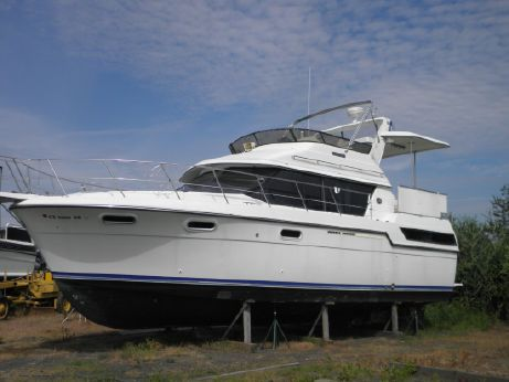 1988 Carver 38 Motor Yacht
