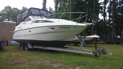 2001 Bayliner 2655 Ciera with trailer