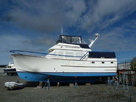 1983 Ocean Alexander 43 Flush Aft Deck