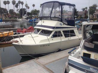 1986 Tollycraft trawler