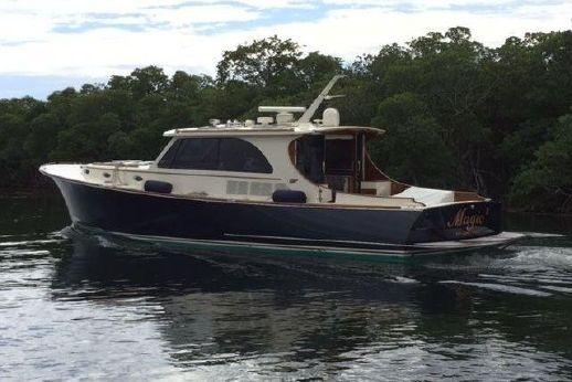 2014 Hinckley Talaria 48 IPS Motor Yacht