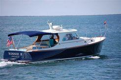 2002 Hinckley Picnic Boat