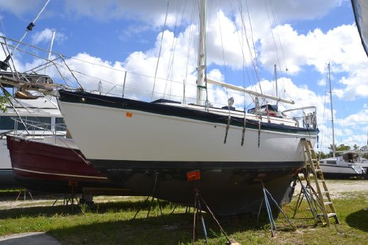 1977 Pacific Seacraft Mariah 31
