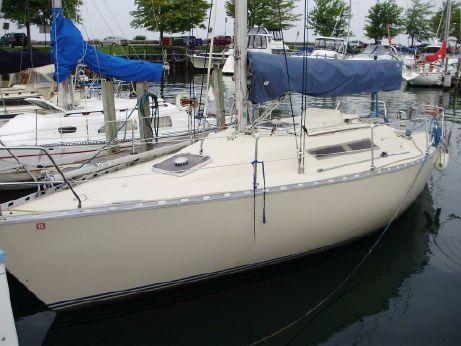 1984 Beneteau First 32