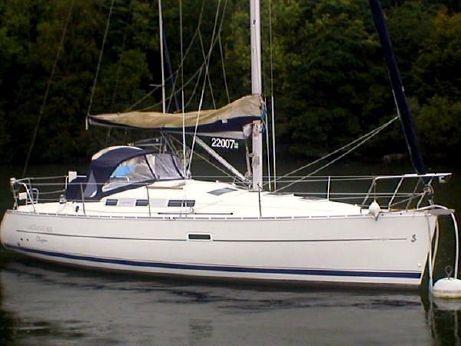 2004 Beneteau Oceanis 323