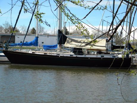 1983 Kelly Peterson Spindrift 46