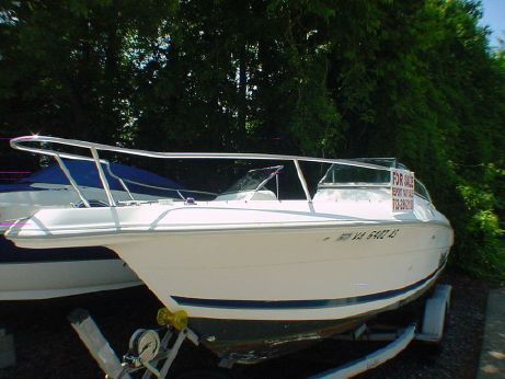 1998 Wellcraft 210 Sportsman