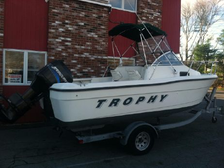 2001 Bayliner 1802 Trophy