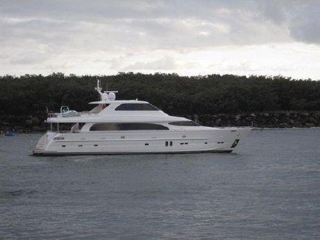 2008 Horizon Yacht 98