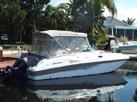 2004 Hurricane SunDeck 260 OB